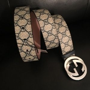 Accessories - Gucci supreme belt with GG buckle